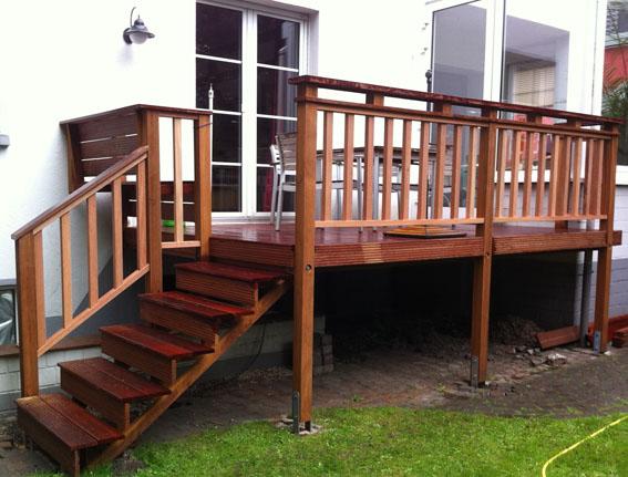 BaT_Terrasse mit Treppe2 20