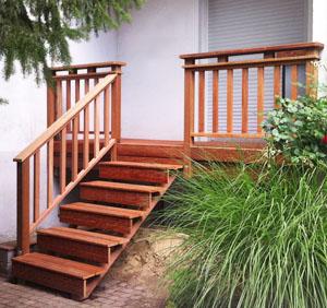 BaT_Terrasse mit Treppe_neu