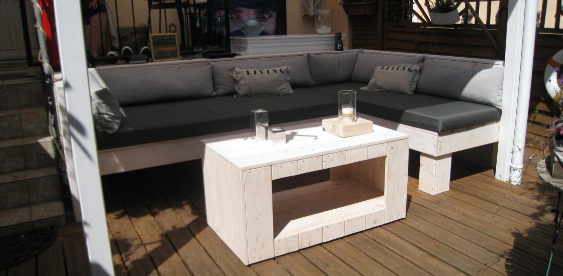 benchandtable lounge bank mit lounge tisch. Black Bedroom Furniture Sets. Home Design Ideas